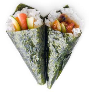 Temaki (cone) sushi