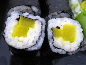 8 receitas de rolinhos de sushi sem peixe cru